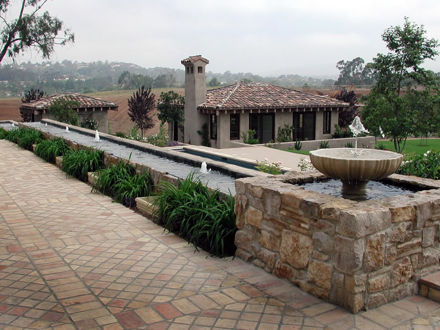 There Are Many Special Architectural Elements Such As This Fountain